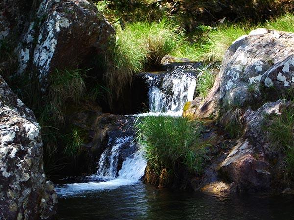 Cada cachoeira com sua beleza