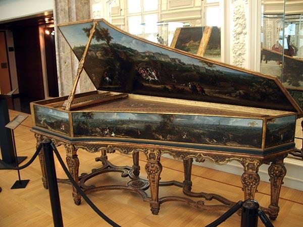 714 - Musee des instruments de musique 59