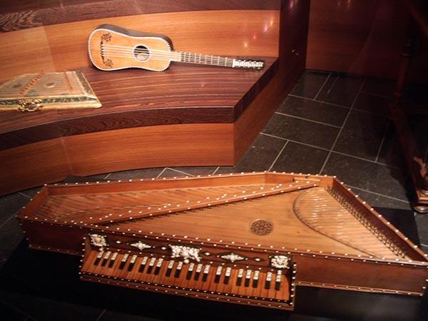 723 - Musee des instruments de musique 68