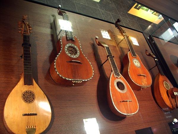 726 - Musee des instruments de musique 71