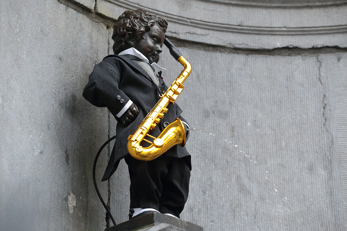 Manneken-pis-saxophone-002